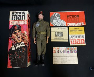ACTION MAN -  Talking Commander BOXED with Painted Hair